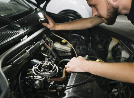 Certificado en Tecnología/Técnico de Ingeniería Automotriz